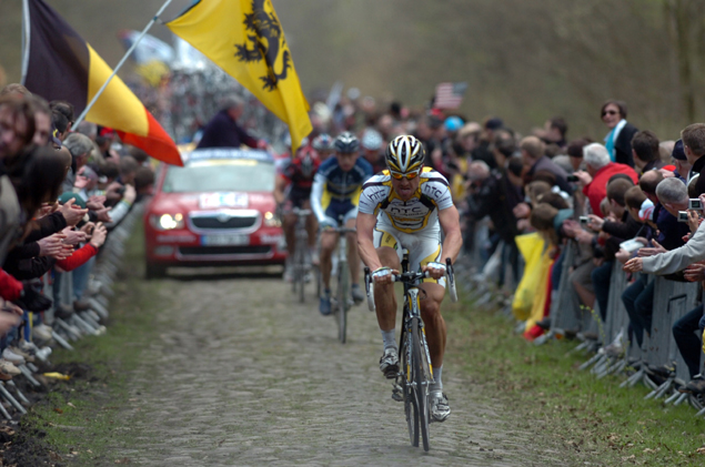 Racing through the Arenberg