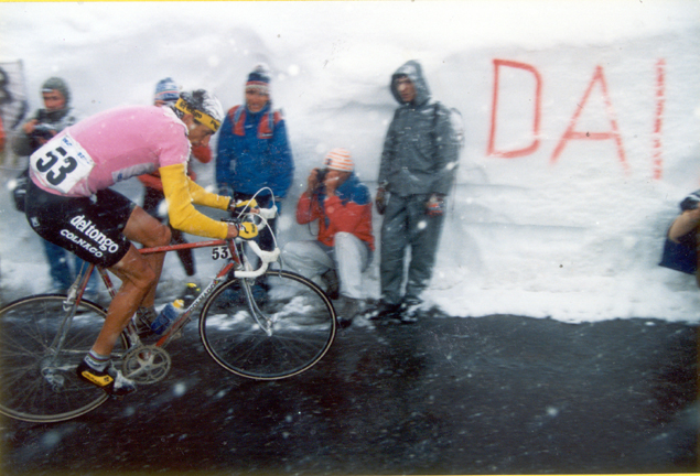 Franco Cioccioli on the Gavia Pass in stage 14 of the 1988 Giro d'Italia