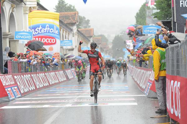Philippe Glbert wins Giro stage 12