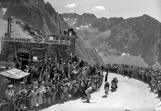 Federico Bahamontes crests the Toumalet in the 1954 Tour de France