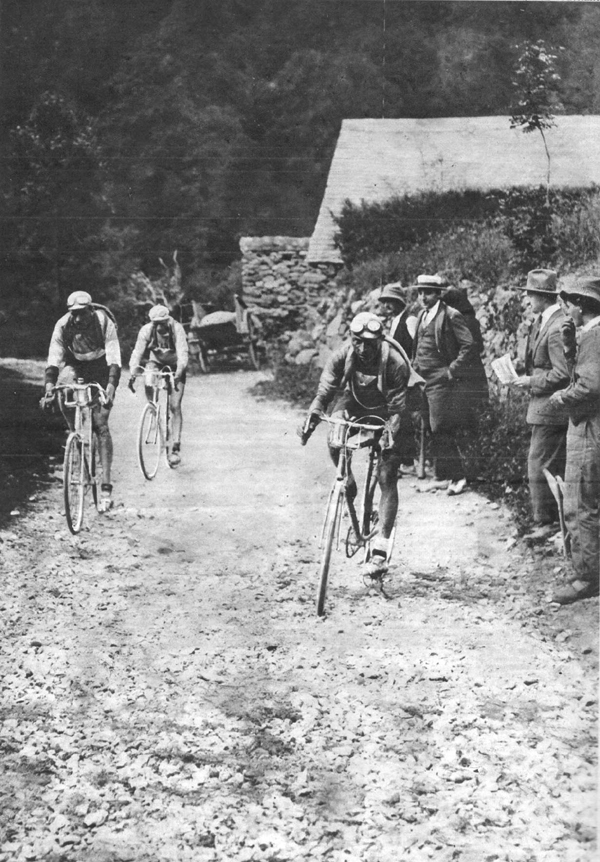 Ottavio Botteachia leads Aymo and Francis pellisier on the Aubisque