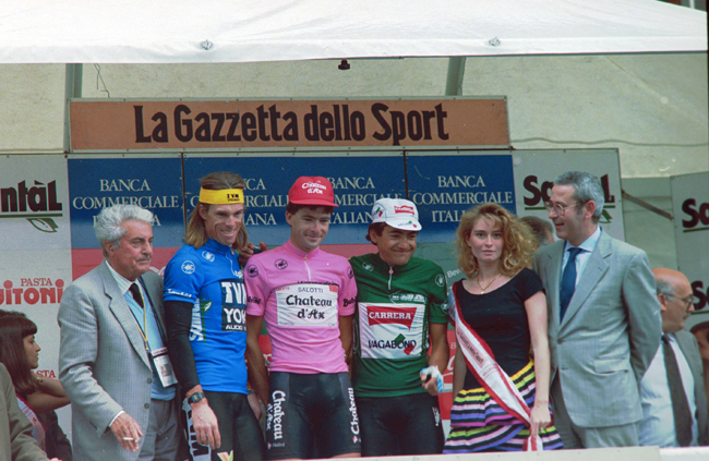 1990 giro podium after stage 18