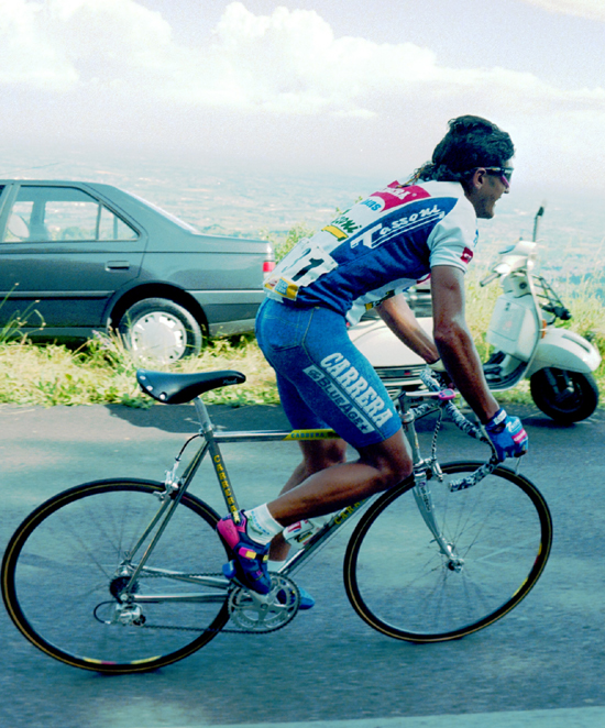 Chiappucci in stage 12 of the 1993 Giro d'Italia