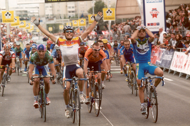 Oscar Freire wins the 2001 World Championships