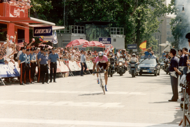 Indurain wins the 1992 Giro final time trial