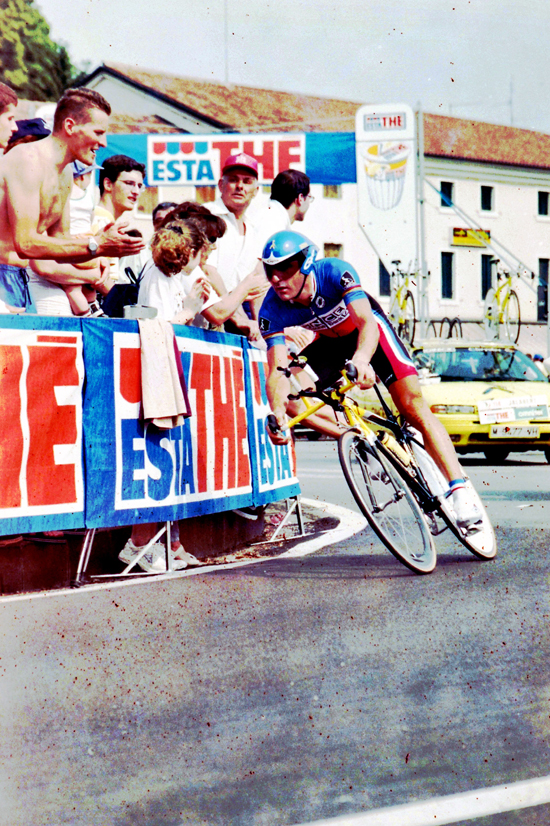 Jalabert time trials in stage 18 of the 1999 Giro