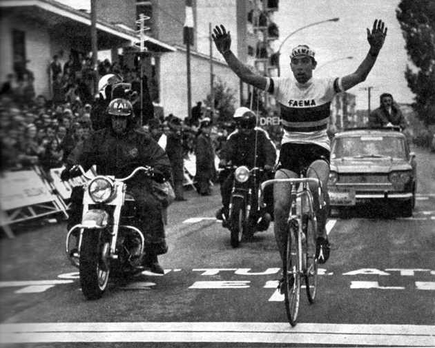 Merckx wins stage 2 of the 1968 Giro d'Italia