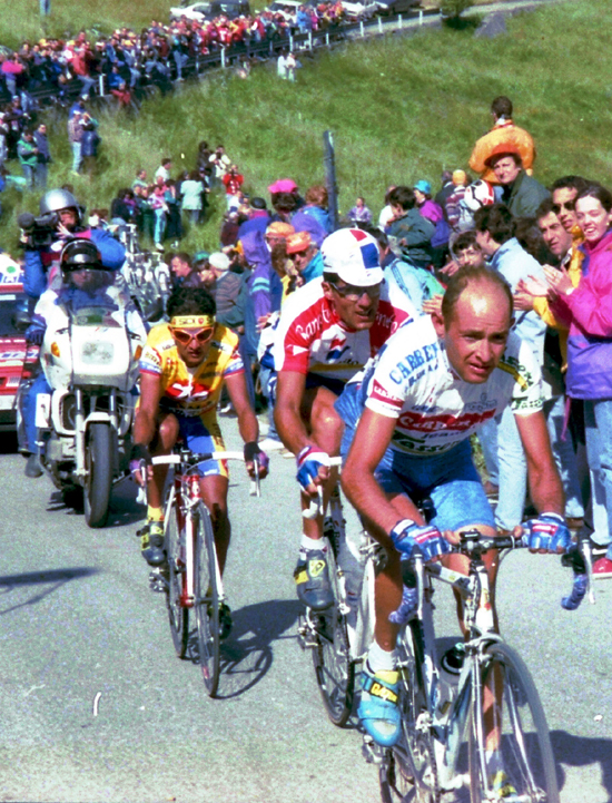 Marco Pantani leads Miguel Indurain