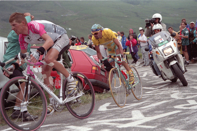 Marco Pantani and Jan Ullrich in stage 16 of the 1998 Tour de France