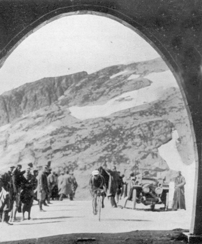Philippe Thys at the crest of the Galibier in the 1914 Tour de France