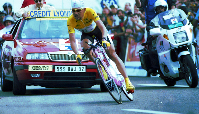 Ullrich riding the 1997 Tour de France stage 20 time trial