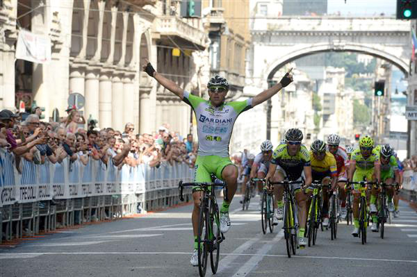 Sonny Colbrelly wins the 102 Giro dell'Appennino