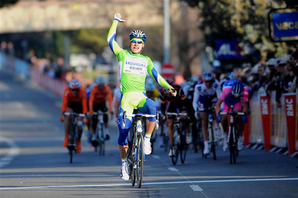 Peter Sagan wins stage 5