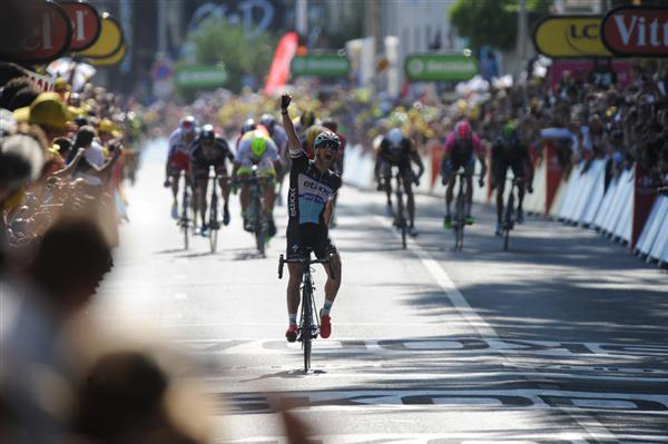Zdenek Stybar wins stage 6