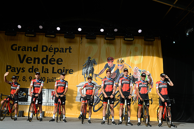 2018 Tour De France Team Presentation Photos By Bikeraceinfo