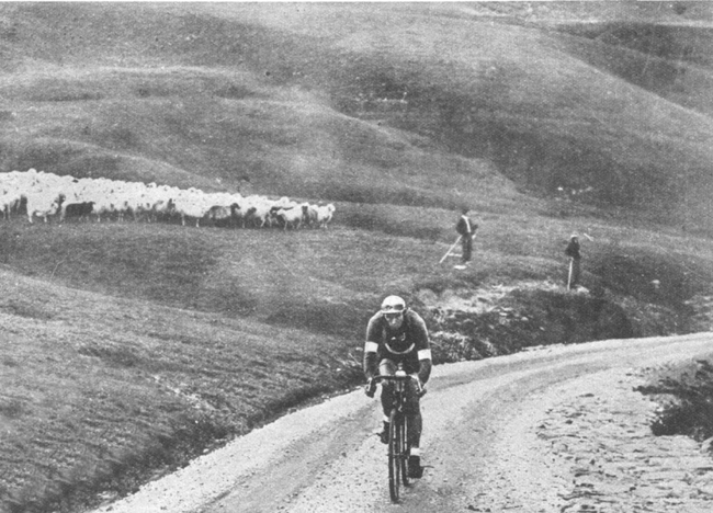 Felice Gremo on the Aubisque in the 1931 Tour