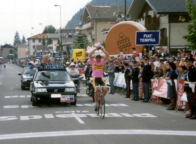 Franco Chioccioli wins in Aprica