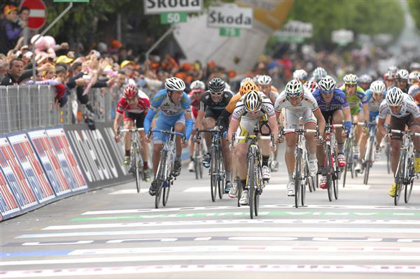 Goss wins stage 9