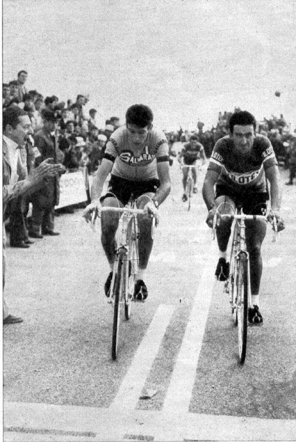 1967 Giro: Gimondi and Bitossi finish a stage