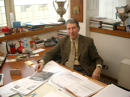 Gimondi in his office