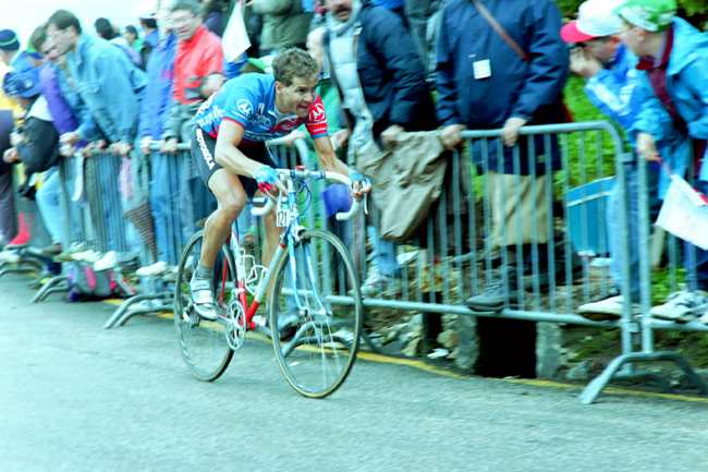 Andy Hampsten races for Monte Bondone in stage 13 of the 1992 Giro d'Italia