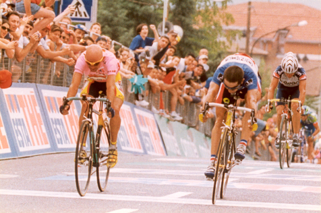 Laurent Jalabert beat Marco Pantani in stage 16 of the 1999 Giro d'Italia
