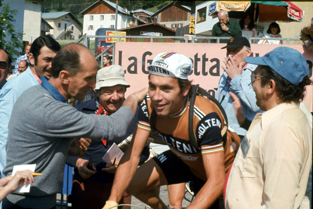 Merckx begons a stage in the 1976 Giro