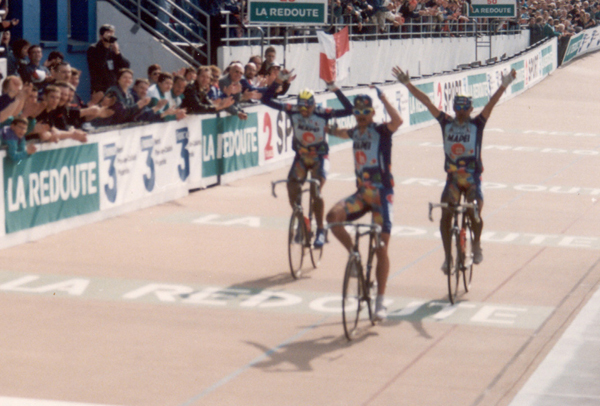 Museeuw wins 1996 Paris-Roubaix