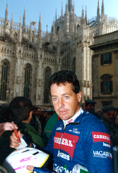 Stephen Roche at the start of the 1992 Milano-San Remo