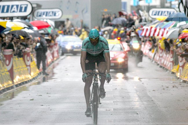 Ullrich finishes the 2003 Tour de france stage 19 time trial