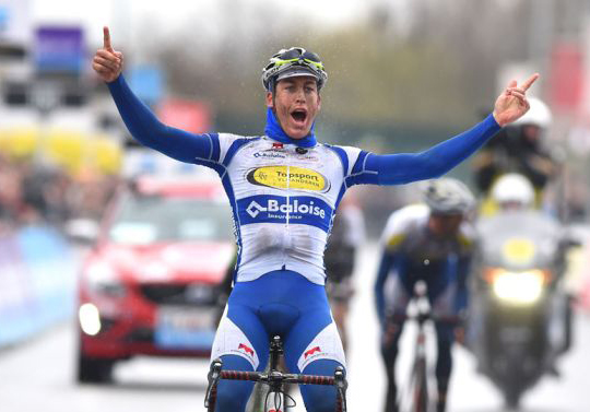 Dwars door Vlaanderen finish