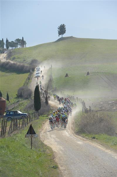 Racing the Strade Bianche