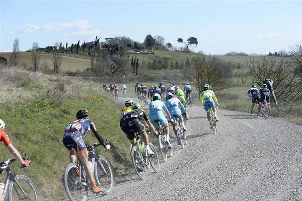 Riders on Buonconvento gravel sector