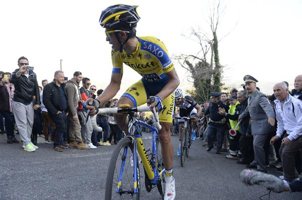 Contador attacks