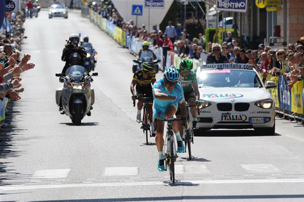 Paolo tiralong wins Trentino stage 4