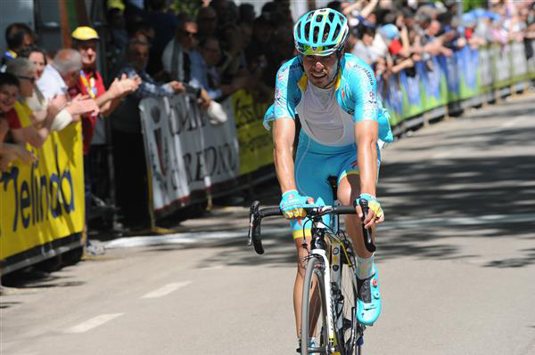 Mikel Landa finishes second