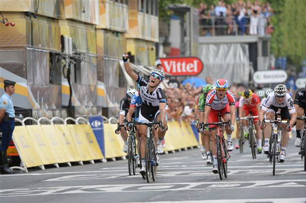 Marcel Kittel wins stage 21