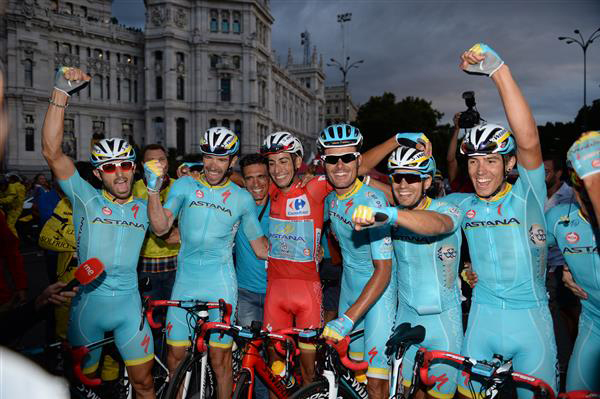 Fabio Aru and Astana team